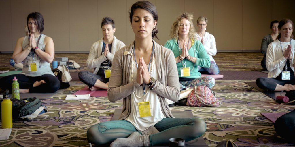 Que llevar a la Primera Clase de Yoga